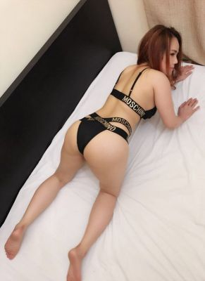 escort Vivian sweetie  — pictures and reviews