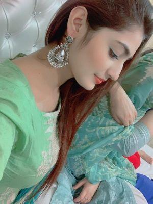Dubai independent escort Vip-indian-Pakistani sucks for USD 2000