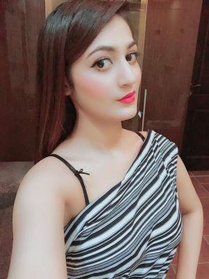 Vip escort in UAE: Vip-indian-Pakistani wants to meet a gentleman