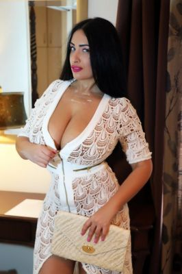 escort Miss emanuella — pictures and reviews
