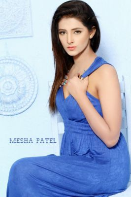 Escort Dubai MESHA-VIP-indian Model (Dubai), +971 56 161 6995