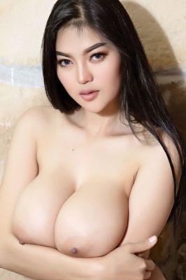 Emma (SexoDubai.com)