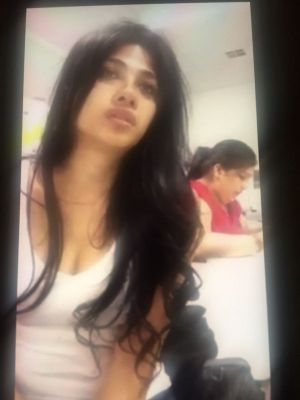 Dubai Indian Natasha, height: 167, weight: 58