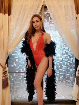Cheap escort Thai Shemale Linda: rate from USD 0 per hour