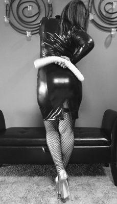 escort Mistress Cruella — pictures and reviews