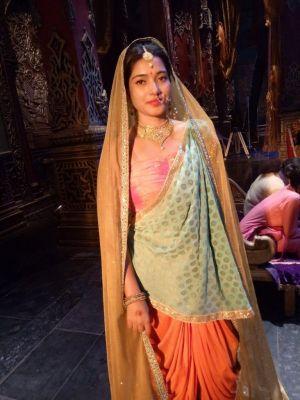 Soniya Kapoor, 20 age
