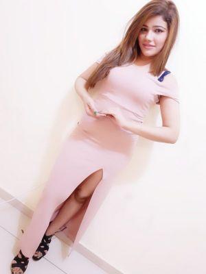 Arzu (Dubai), sexual photo