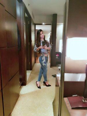 sex massage Sanjana +971562857964 (Dubai)