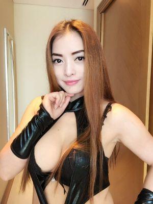 Sexy girl emma — sex massage from Dubai