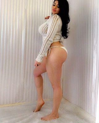 Tinabae, photos from the site SexDubai.club