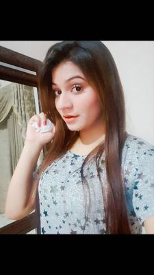 Fiza Khan — photos and reviews about the girl