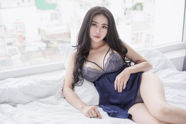 Anna, 19 age