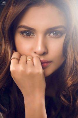 escort Indian Model Hooriya  — pictures and reviews