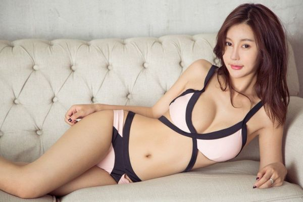 Escort Services — Polly from Thai, 23
