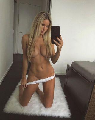 whore Kristin from Dubai