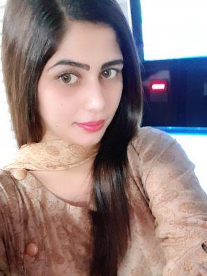 Indian Girl Alia Bhat, 22
