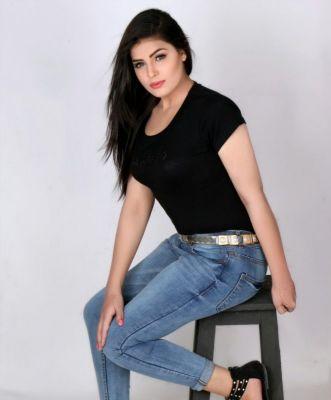 Busty Deepika, photos from the website SexDubai.club