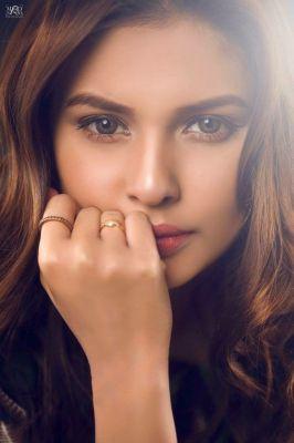 Hooriya Indian Model, profile pictures