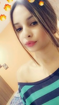Hooriya Indian Model — photos and reviews about the girl