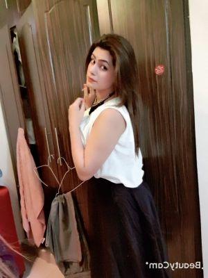 Indian Busty girl, photo SexDubai.club