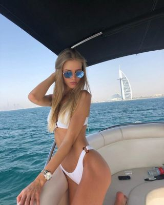 picture Anna blonde (dating)