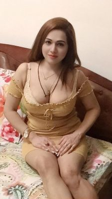 BDSM session with a 21 y.o. submissive escort in UAE