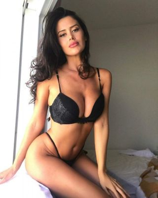LUCIA, height: 175, weight: 52