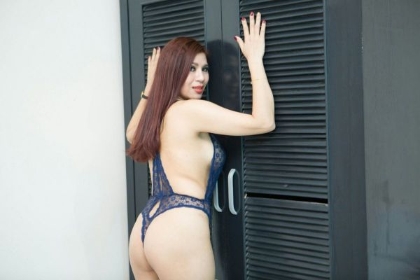 One of the most beautiful call girls in Dubai: Lucy, 165 cm, 57 kg