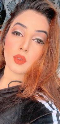 call girl Sawera Sex machine, from Dubai