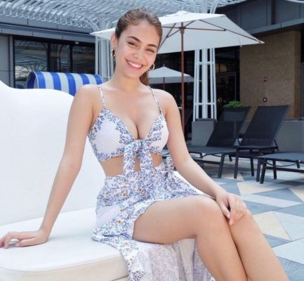 Suri-Philippine (SexoDubai.com)