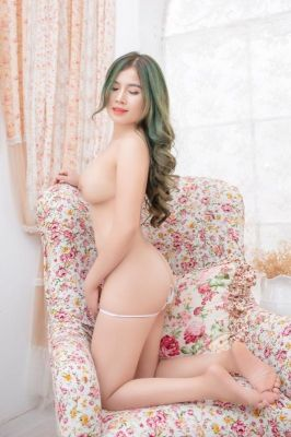 The sexiest among busty Dubai escorts - Mimi, 21 y.o.