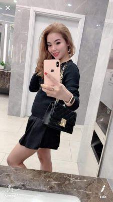 Dubai escort girl Lissa will meet a generous man, call +971 50 218 9727
