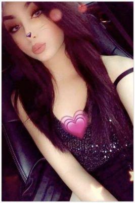 The sexiest among busty Dubai escorts - Samar, 20 y.o.