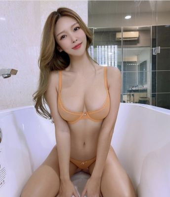 Soda is one of the cheap call girls in UAE. Sex from AED 700