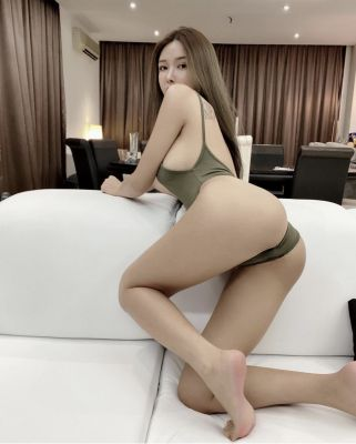 Soda is a model for sex and massage in Dubai