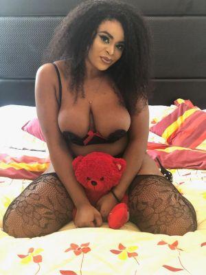 Dubai call girl Angel  available for booking 24 7